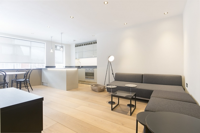 Oslo Court, Prince Albert Road, St. John's Wood, London NW8 7EP (Under offer)